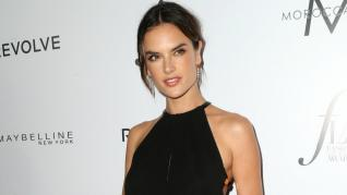 Alessandra Ambrosio Flaunts Seductive Looks in Linen Sundress