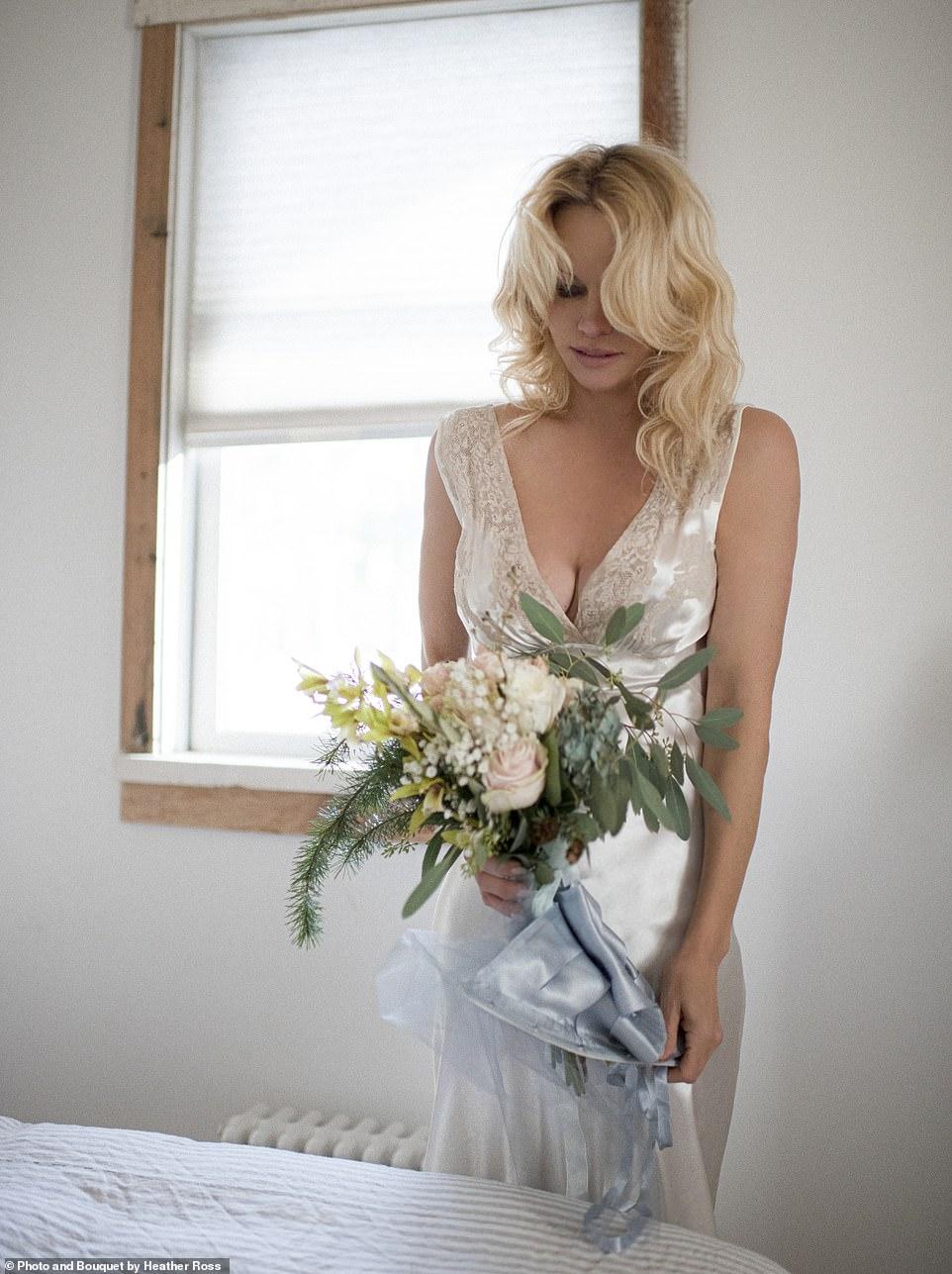 Pamela Anderson Quietly Married Bodyguard Dan Hayhurst on