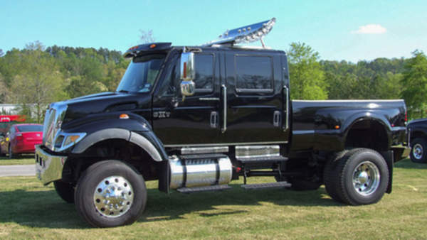 640px-International_CXT_Commercial_Extreme_Truck_1