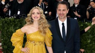 Amanda Seyfried Shares Her Pregnancy Photos